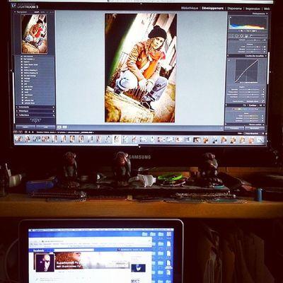 Ça bosse ... i m happy Supermonkey Supermonkeyflyphotos Lightroom Shooting pics photos sonyphoto slta65 posteproduction 2014