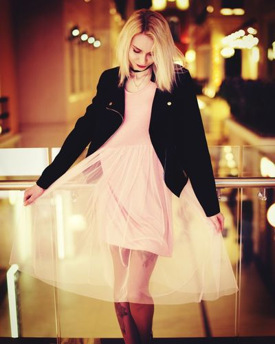 Young Adult One Person Leisure Activity Front View Lifestyles Beautiful Woman Fashion Glamour Portrait Fashion Model Smiling Looking At Camera Enjoyment Night Walking Young Women Happiness Standing Full Length First Eyeem Photo EyeEmNewHere