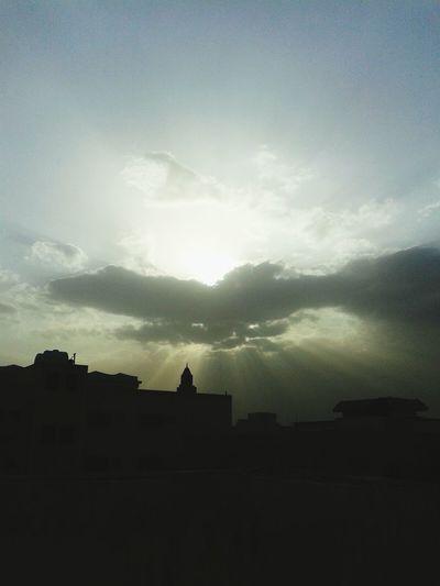 تصويري  الرياض غيم الغروب  السعودية