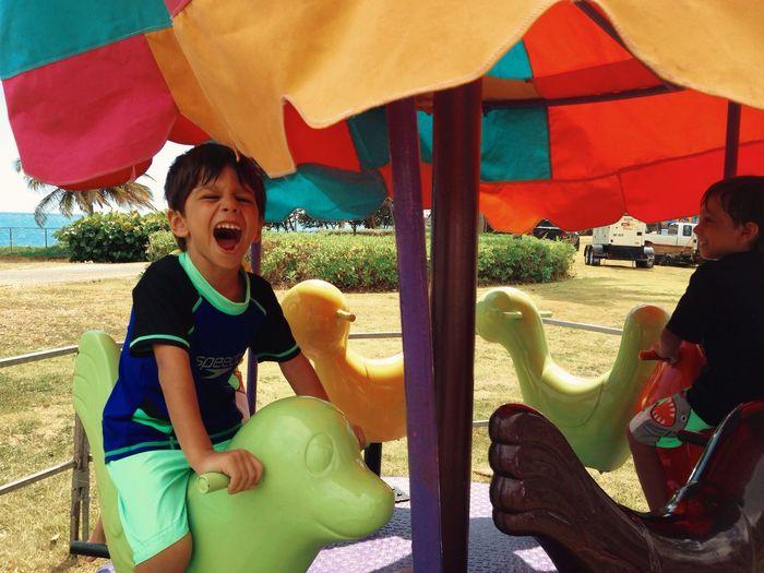 Gozando! Kids Fun Laughing Happy Boy EyeEm Best Shots IPhoneography Color Portrait Enjoying Life