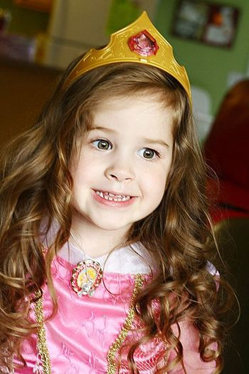 Cheerful Child Childhood Close-up Crown Cute Girls Happiness Innocence One Girl Only Smiling Tiara