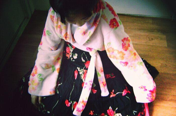 우리집 목욕가운이랑 엄마 치마합쳐서 한복만들엇던거기억나냨ㅋㅋㅋㅋㅋㅋㅋㅋㅋㅋㅋㅋㅋㅋ곱다 얘 Korean Hanbok Beauty Aesthetics Clothes