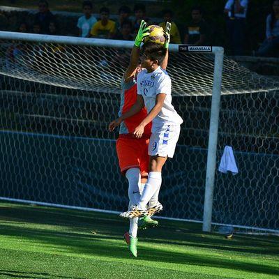 @daveparac ⚽ . . . UAAP Uaap77 Uaapseason77 ADMUvsFEU juniors ateneo AdMU FEU sbspotlight soccerbible football themanansala