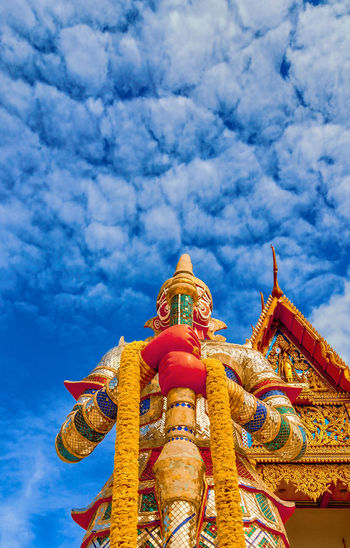 Giant statue Giant Statue Giant Statue In Thailand Statue Giant Titan Thailand City Statue Gold Place Of Worship Blue Multi Colored Religion Spirituality Gold Colored Cultures