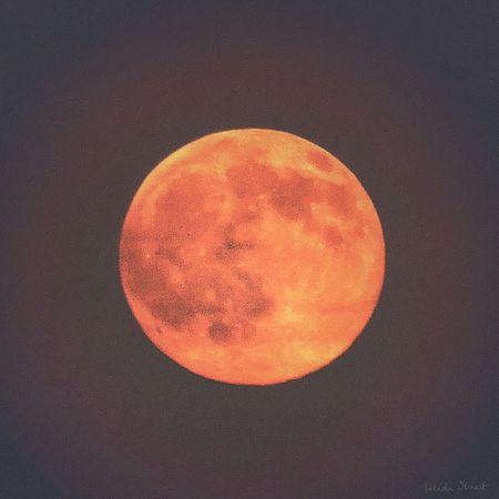 orange moon Photography Now Online EyeEm Gallery Moon Full Moon Moon Light The Moon Moon Shots EyeEm Eyemphotography