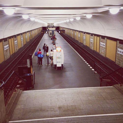 Platz Der Luftbrücke Ubahn Berlin Metro Station