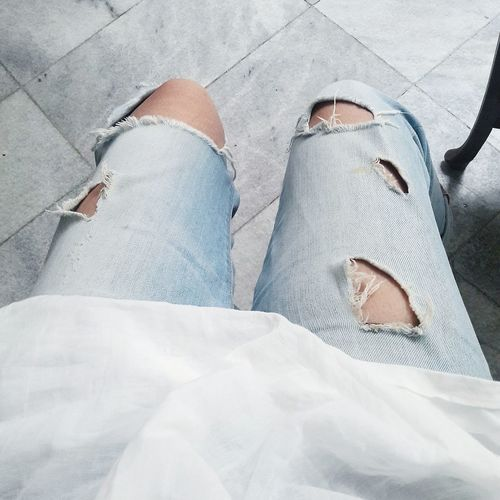 My ripped jeans is getting worst day by day! 😂😂😂 hahaha.. Feeling like soo compang camping (Indonesian words for tatters) but still I love it! 😜😝😋😍😍😍😄😄😄 Eyeemmarket High Angle View Personal Perspective Relaxation Human Foot Lifestyles Femininity Fashionable Casual Clothing Beautiful Freestyle Freedom Ripped Jeans Jeanslover Young Adult Young Woman Eyeemphoto Eyeemphotography Mobilephotography Low Section First Eyeem Photo