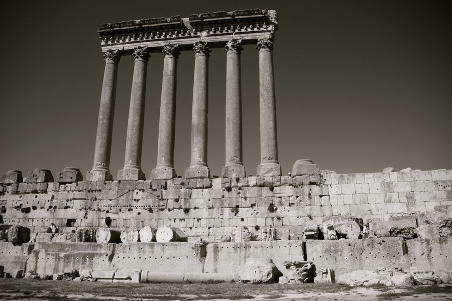 Anastilosi Ancient Architectural Column Architecture Baalbek Famous Place History Lebanon Monochrome Monument Stone Material