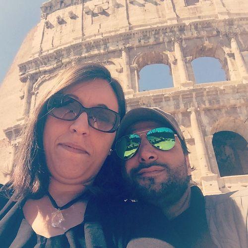 Non perdete mai la fiducia nell'amore, può fare grandi cose Amore Tiamo Felice Insieme Selfie ✌ Senzapaura Veryitalianpeople Very Italian People