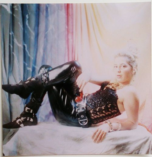 Lolly, un mio ritratto in studio con Hasselblad. My Analogic Portfolio