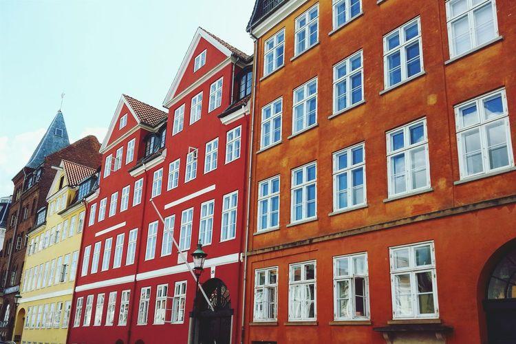 Copenhagen, Denmark København Beautiful Colours Hans Christian Andersen House Vivid Colours  Nyhavn Yellow Red Orange Color Rouge Jaune Maison De Hans Christian Andersen Dänemark Dansk