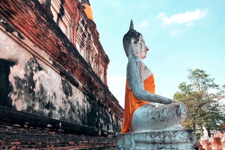 Sa-Thu Culture And Tradition Travel Sa Was Dee Buddist Temple Buddism Old Temple Thai Temple Human Representation Art And Craft Representation Sculpture Statue Creativity Sky Architecture Built Structure Religion Belief
