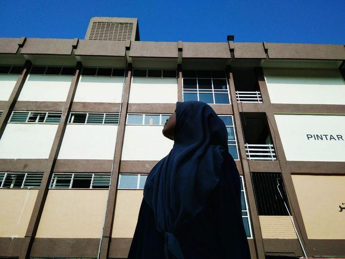 Girl Building