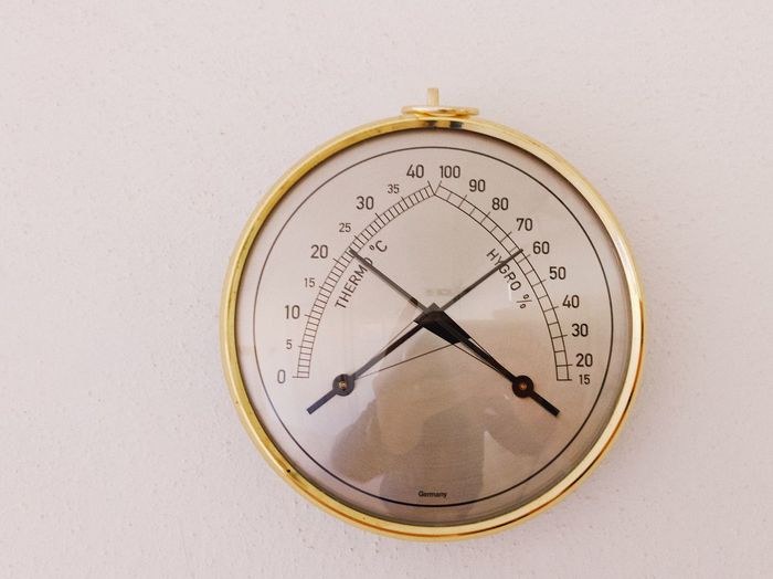 Barometer 🕰... Data Gradient Measurement Round Weather Station Weather Indicator Barometer Hygrometer Thermometer Number Instrument Of Measurement No People Clock Indoors  Geometric Shape Circle Gauge Accuracy Close-up Time Wall - Building Feature Instrument Of Time Meter - Instrument Of Measurement Shape Communication Technology Clock Face Still Life Minute Hand
