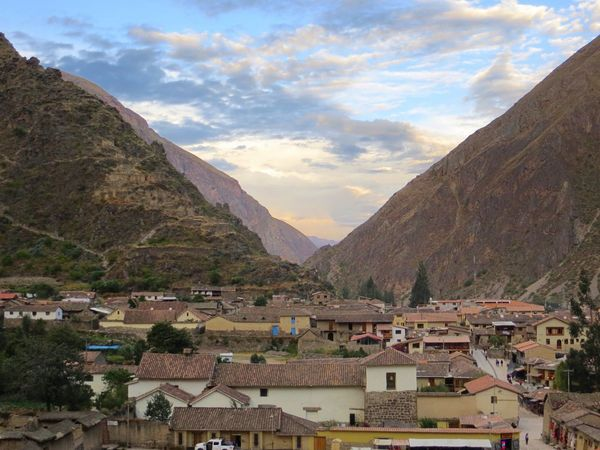 Building Exterior Architecture Mountain Built Structure Mountain Range House Town Outdoors Sky No People Day Cloud - Sky Residential Building Scenics Nature Beauty In Nature Inca Ruins Ollantaytambo - Peru Ollantaytambo Travel Destinations Valley This Is Latin America