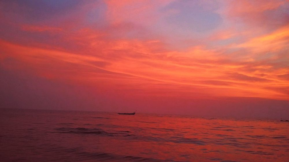 ..reMembeR... mE... eveN.. wHen... i.. VanisH.. tO.. tHe... horizon.. onE.. daY Silence Of The Soul My World Orange Color Tranquility Colorful Silence Of Nature Kerala Sunset Sea Horizon Over Water Nautical Vessel Outdoors No People Nature Landscape Beauty In Nature Sky Sailing Day Scenics Water