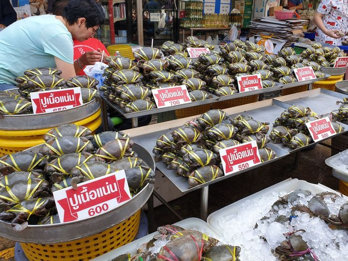Crabs For Sale At Market Stall