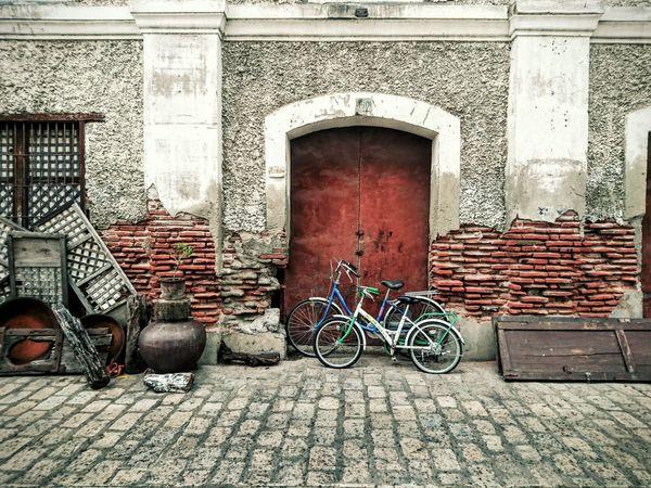 Heritage Traveling Vintage Vigan Philippines EyeEm Gallery EyeemPhilippines Colour Of Life Bicycle Brick Wall EyeEm Phillipines