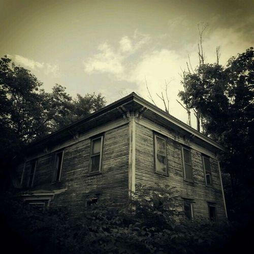 This Old House. Homesweethome Urbanexploring Partlycloudy Ruralvermont