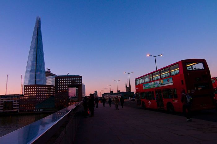 one fine morning. Morning Glow on the London Bridge