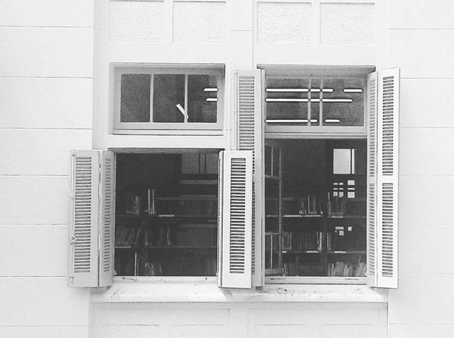 Backgrounds Black And White Brasil Casa De Cultura Mario Quintana Centro Historico Exterior Full Frame No People Porto Alegre Repetition Rio Grande Do Sul  Side By Side Simplicity Urban Wall Window Windows