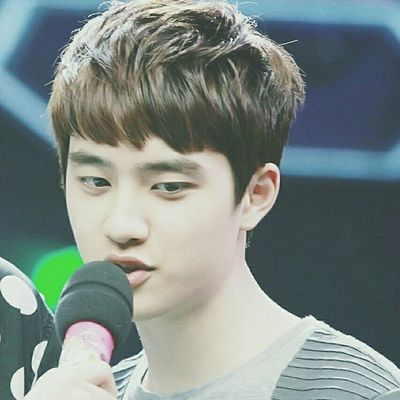 | 140611 | Recording Happy Camp . Kyungsoo stan would be like: I want to be that microphone!!! Sooo cute! . <checkout & like the previous posts> Dear one || Kyungsoo Dokyungsoo 都暻秀 嘟嘟 도경수 디오 exok exo exom exotic 엑소 xenpais EXOsmine smpackofwolves exodaebakkk kyungsooish || follow @d.otv