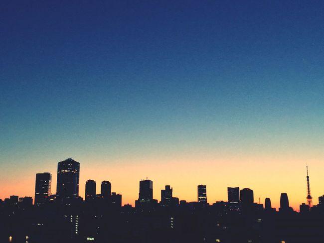 Good Morning Tokyo Early Morning Sunrise EyeEm Nature Lover City Life Shibuya Ebisu Sky Redandblue Good Day Goodweather
