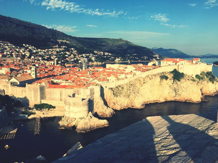 Dbrovnic Croatia City Wall Croatia Dbrovnik Gameofthrones Citywall View From Above Castle Landscapes