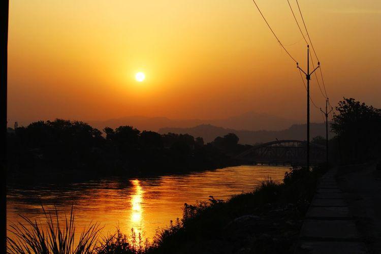 Sun Rise Water