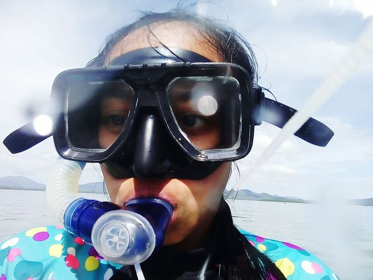 Snorkelling at Starfish Island, Honda Bay, Puerto Princesa City, Palawan 😊 Headshot One Person Snorkelling Finding New Frontiers Traveling Home For The Holidays Puerto Princesa City Palawan Philippines Vacations Adventure Island Honda Bay People EyeEm Best Shots Starfish Island Eyeem Philippines Leisure Activity Water Beach Art Is Everywhere