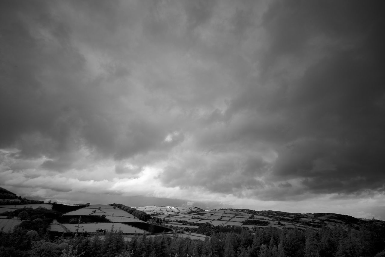 weather, sky, snow, nature, mountain, beauty in nature, cloud - sky, cold temperature, scenics, winter, no people, outdoors, landscape, tranquility, day, scenery, storm cloud, architecture