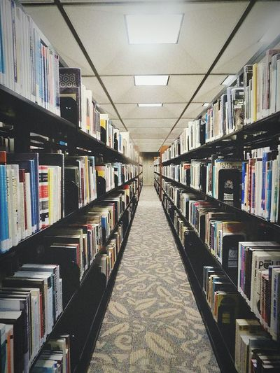Library No People Bookphoto Symetricphoto