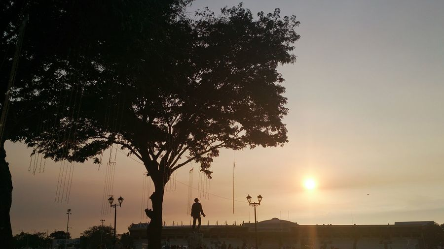 sunset at the park Eyeem Philippines Goingtothepa Luneta Park Manila Outdoors Park Sunset Travel Watch Xperiaz