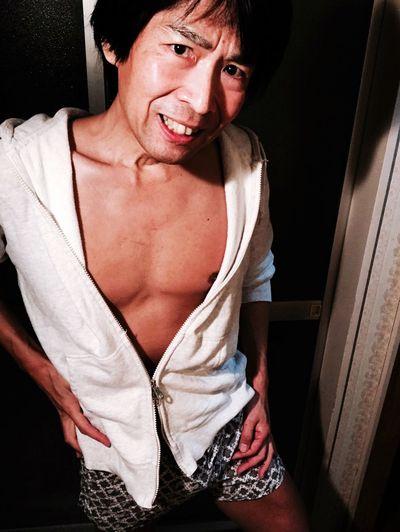 Keisuke Relaxing Fitness Parker Offwhite Tranks Nicolestgilles Selfie Male Japanese