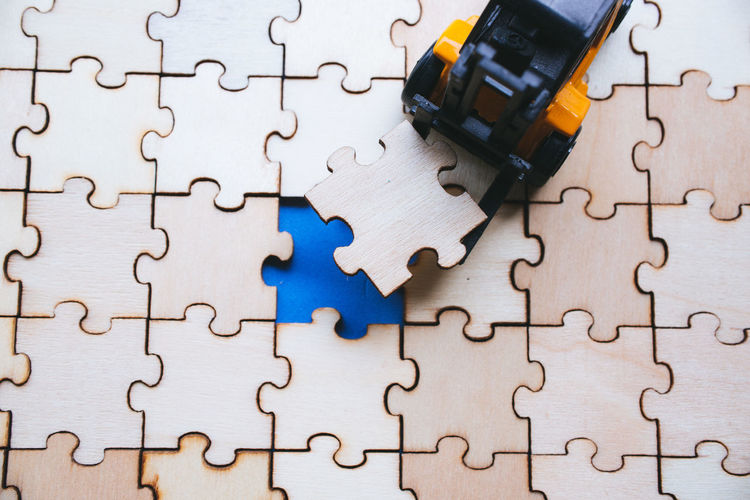 Backgrounds Complexity Connection Design Electrical Component Full Frame Incomplete Indoors  Inserting Jigsaw Piece Jigsaw Puzzle Large Group Of Objects Leisure Activity Leisure Games No People Pattern Puzzle  Relaxation Shape Solution Strategy Toy