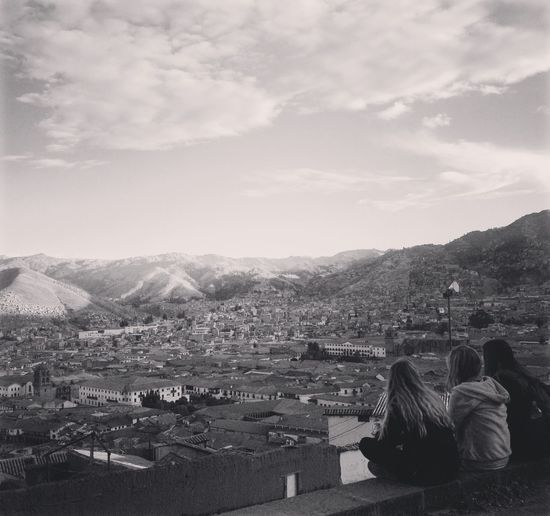 Cityscape Lifestyles Sky Travel Trip Memory Life Nostalgia Cusco, Peru Cusco Peru Girls Travelers Scenery Houses Mountains Beautiful Historic Historical Place Look At City
