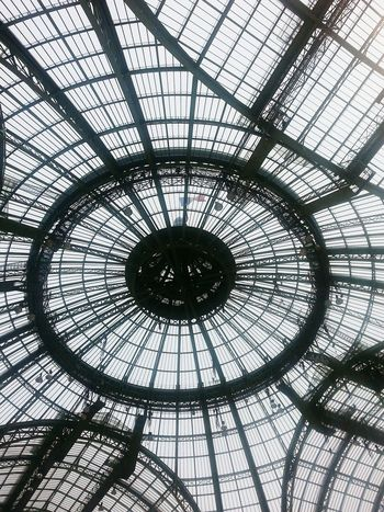 Built Structure Architecture Indoors  Concentric Architectural Design Sky No People Paris Paris Moment Blackandwhite Building Grandpalais Verrière