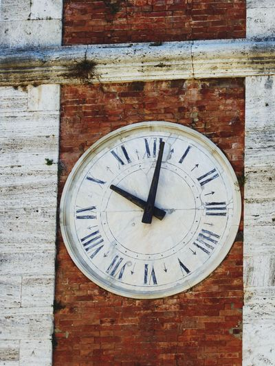 Italy 🇮🇹 Toscana Architecture Clock Watch Brick Wall Clock Face Roman Numeral Close-up Old Tower Clock Roman Style Clock Time Minute Hand Calling For Mass Very Old Clock Old But Awesome Architecture Built Structure Old Buildings Place Of Worship Bell Tower Spirituality