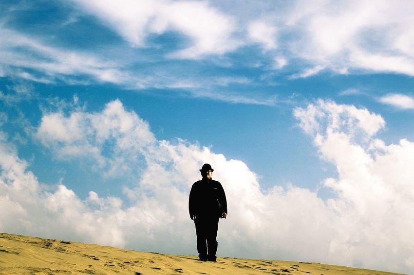 Sand Dunes EyeEm Best Shots Landscape_Collection 鳥取砂丘 Silhouette Portrait Man The Portraitist - 2015 EyeEm Awards Clouds And Sky The Traveler - 2015 EyeEm Awards