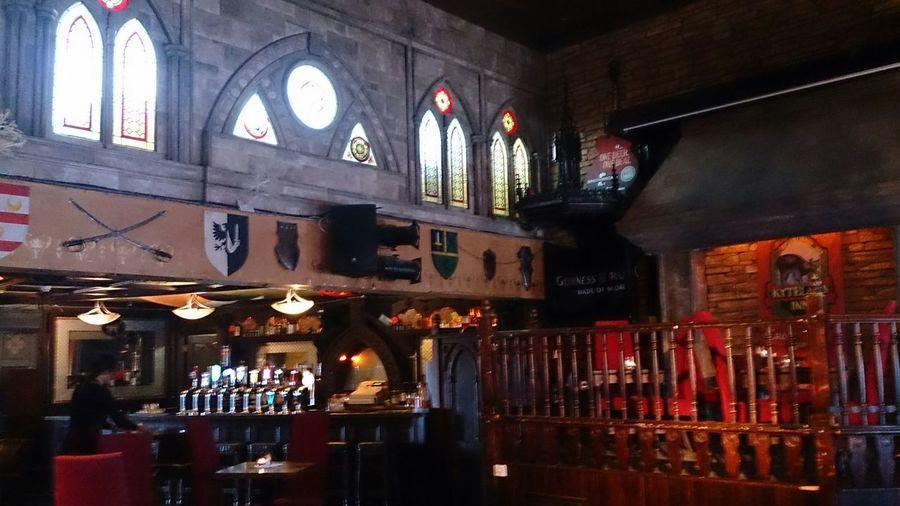 Una de las Salas del Pub Alice Kyteler en Kilkenny Irlanda