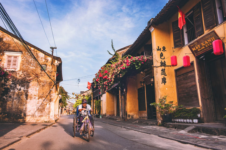 Alone People Travel Destinations City Houses Yellow Oldtown Man Morning Hoian  Hoian, Vietnam Streetphotography Street Photography Street