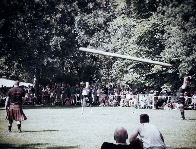 Highland Games Bolt Throw Bolt Throwing My Fuckin Berlin Strong Men Men In Kilts Notes From Berlin Streetphotography Streetphoto_color Summer In Berlin People Watching People Photography Adventure Club People Together Showcase July