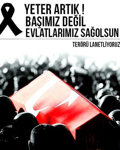 Türkiye şehitler ölmez Vatan Bölünmez Albayrak Ayyıldız KırmızıBeyaz NeMutluTurkumDiyene
