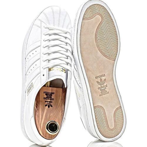 Top Secret /// Trefoil_news Sneakervrch