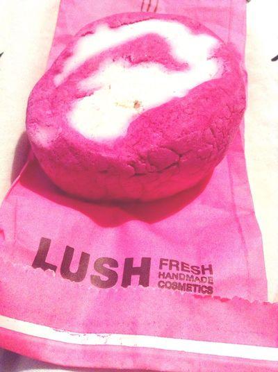 Lush Cassimousse