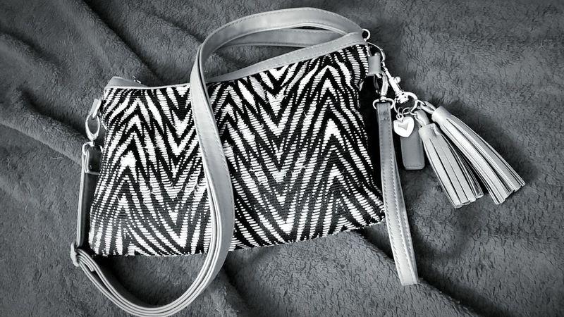 Fashion Bag Zebra Stripes Black And White Handbag  Heart Gift Ideas Lieblingsteil