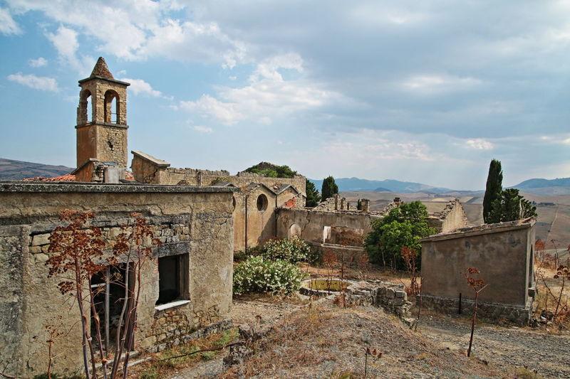 borgo giuliano Architecture Building Exterior Historic Old Periodo Fascista The Past 525