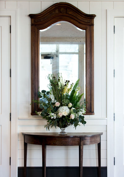 Architecture Built Structure Day Entry Entryway Floral Florals Flower Flowers Green Color Growth Mirror Nature No People Plant Table Vertical Vignette Vignettes