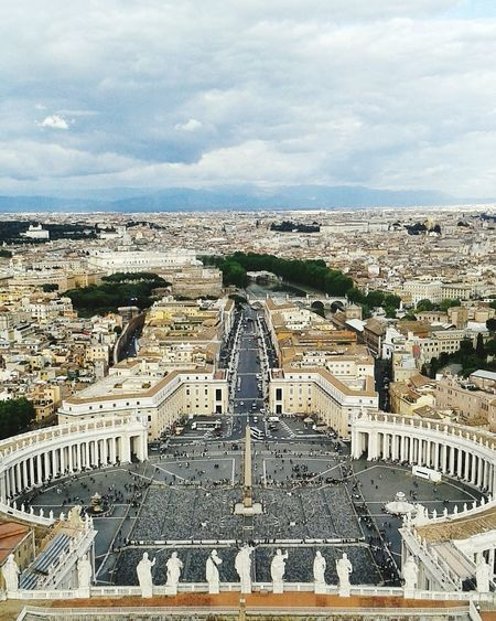 Beatyful Architecture World Fotography Fotoitalia Blue Sky Italy Vatican City Vaticano BasilicaDiSanPietro Taking Photos Of Tourists