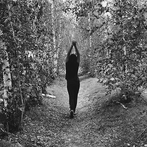 Vscocam Vscosammer Vscofollow VSCO Vscogood Vscophile Vscocam_ Vscocamphotos Vscocamgram Vscocamera Vscocamonly Like4like Likes Live FOLOW  Followme Folow4folow Girl I Blackandwhite Forest